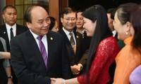 Thủ tướng Nguyễn Xuân Phúc gặp gỡ bà con Việt kiều tại Philippines