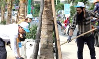 Đạo diễn phim Kong- Đảo đầu lâu trồng cây xanh tại Nha Trang