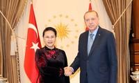 Chủ tịch Quốc hội Nguyễn Thị Kim Ngân tiếp kiến Tổng thống Thổ Nhĩ Kỳ