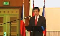 Giao lưu ngoại giao tăng cường phát triển quan hệ Việt Nam - EU