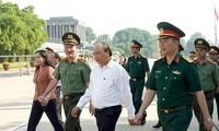 Thủ tướng Nguyễn Xuân Phúc kiểm tra công tác tu bổ Công trình Lăng Chủ tịch Hồ Chí Minh