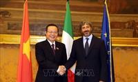 Phó Chủ tịch Quốc hội Phùng Quốc Hiển làm việc với các lãnh đạo Hạ viện Italy