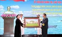 Chủ tịch Quốc hội Nguyễn Thị Kim Ngân thăm, chúc mừng cán bộ, chiến sĩ Quân chủng Hải quân