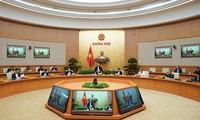 Thủ tướng Nguyễn Xuân Phúc chủ trì phiên họp Chính phủ về dịch Covid-19