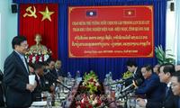 Thủ tướng Lào Thongloun Sisoulith tham quan các mô hình kinh tế Việt Nam