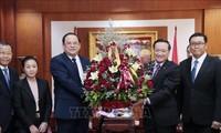 Lãnh đạo các bộ, ngành của Lào chúc mừng 75 năm Quốc khánh Việt Nam