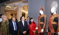 Triển lãm trang phục truyền thống các nước ASEAN 2020