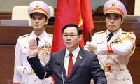 Các đại biểu tin tưởng vai trò lãnh đạo của Chủ tịch Quốc hội Vương Đình Huệ