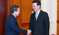 Bảo vệ, giữ gìn, vun đắp mối quan hệ Việt Nam - Lào ngày càng phát triển