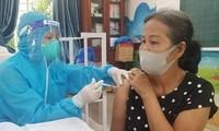 Đẩy nhanh tiến độ tiêm chủng vaccine phòng COVID-19