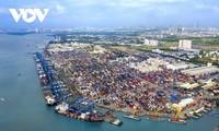 Kinh tế Việt Nam có thể tăng trưởng 4,8% trong năm 2021