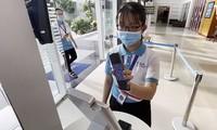 Thành phố Hồ Chí Minh thí điểm cấp mã QR cho người dân 3 quận, huyện