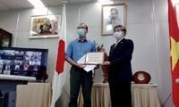 Gần 1,6 tỷ đồng của bạn bè quốc tế và cộng đồng Việt ở Fukuoka, Nhật Bản ủng hộ Quỹ vaccine phòng chống covid 19 của VN
