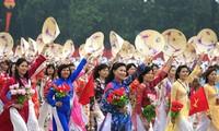 Phát huy vai trò của phụ nữ Việt Nam trong phát triển kinh tế