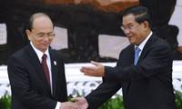 Presiden Thein Sein memberikan apresiasi terhadap  negara-negara ASEAN yang berseru kepada masyarakat internasional supaya menghapuskan sanksi terhadap Myanmar