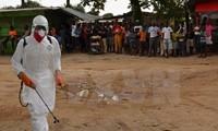Sekjen PBB, Ban Ki-moon mengunjungi sarangan wabah Ebola