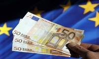 Yunani mengesahkan paket reformasi baru menurut tuntutan para kreditor