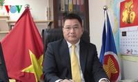 Anggota Partai Komunis Vietnam di Hongkong  dan Makau (Tiongkok)  percaya bahwa  Kongres Nasional PKV ke-12