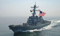 Angkatan Laut AS melepaskan tembakan peringatan terhadap kapal Iran