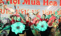 """Festival """"Musim bunga Ban 2017"""" untuk menyosialisasikan potensi pariwisata provinsi-provinsi di daerah Tay Bac"""
