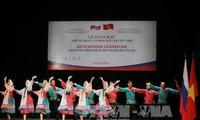 Pembukaan hari-hari kebudayaan Rusia di Vietnam