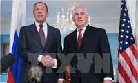 Menlu Rusia dan AS melakukan pembicaraan telepon tentang masalah nuklir Iran dan RDRK