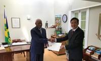 Dubes Vietnam, Dao Thanh Chung menyampaikan surat mandat kepada Saint Vincent dan Grfenadines