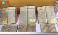"Pameran buku dan dokumen: ""Satu abad berjalan seperjalanan dengan bangsa"""