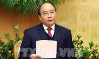 PM Nguyen Xuan Phuc: Menyusun skenario pertumbuhan triwulan setiap instansi dan bidang