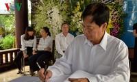Mantan PM Vietnam, Nguyen Tan Dung dan banyak warga datang melayat Mantan PM Phan Van Khai