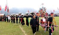 Pesta musim Semi yang khas di daerah pegunungan