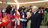 Memperdalam lebih lanjut lagi Hubungan Kemitraan Strategis Vietnam-Perancis