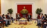 Kepala Departemen Ekonomi KS PKV menerima Rombongan kerja dari Dana Moneter Internasional