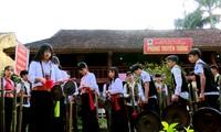 Warga etnis minoritas Muong di Kecamatan Vo Mieu, Kabupaten Thanh Son, Provinsi Phu Tho mengkonservasikan dan mengembangkan jati diri budaya  tradisional dari etnisnya
