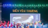 Pekan Laut dan Pulau Vietnam: Berpadu tenaga untuk menjaga warna biru-nya  laut