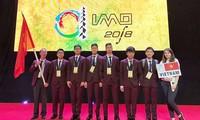 Keenam pelajar  Vietnam yang menghadiri Olimpiade Matematika Internasional 2018 meraih medali