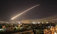 Israel menyerang pangkalan udara di Suriah Utara