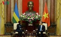 Presiden Tran Dai Quang menerima Menlu Rwanda dan Menlu Guinea