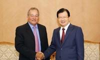 Vietnam memacu para investor AS  mengembangkan proyek- proyek pengembangan listrik