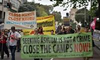 Masalah migran: Pawai di Austria  untuk memprotes kebijakan bermigrasi dari Uni Eropa