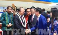 PM Viet Nam, Nguyen Xuan Phuc  tiba di Pulau Bali, Indonesia, mulai bertemu dengan para pemimpin ASEAN