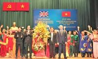 Memperingati ultah ke-45 penggalangan hubungan diplomatik Vietnam-Kerajaan Inggris Raya