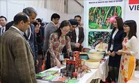 India-ASEAN memperhebat promosi peluang-peluang investasi dan pertukaran perdagangan