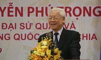 Sekjen KS PKV, Presiden Vietnam Nguyen Phu Trong melakukan pertemuan dengan kader, personel Kedubes dan komunitas orang Vietnam di Kamboja