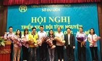 300 mahasiswa relawan membantu pariwisata Thang Long- Hanoi