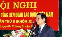 President calls on trade unions to contribute more to party and state building