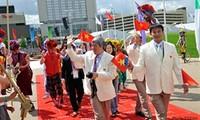 Vietnamese flag flies at London Olympics