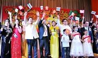 Vietnamese celebrate Lunar New Year abroad
