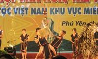 Promoting Vietnam image abroad