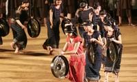 Jho gong, a musical instrument of Ede women